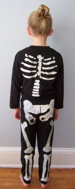 Skeleton Costume From Instructables